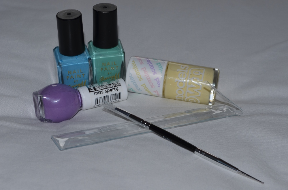 Avon nail decoration tool review! (3/6)