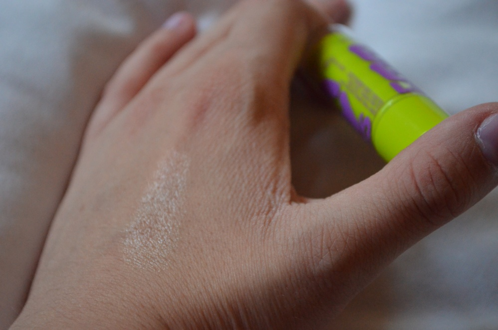 Maybelline Baby Lips Lip Balm in Mint Fresh review (4/6)